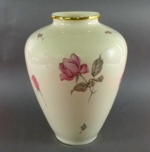 kpm krister vase rosen bodenvase 29 cm ansbach. Black Bedroom Furniture Sets. Home Design Ideas